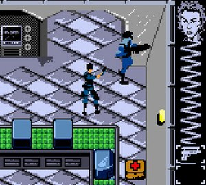 Perfect Dark (Game Boy Color) - The player, controlling Joanna Dark, can sneak behind enemies without being detected. The HUD at the right side of the screen displays Joanna's health and ammunition.