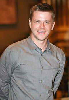 David Tom as Billy Abbott (2014).jpg