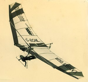 Powered hang glider - Gerry Breen - London to Paris in FLPHG (August 25, 1979)