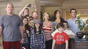 Hawaii (Modern Family) - Image: Hawaii (Modern Family)