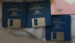Replay Professional - Image: Replay discs CIMG1210