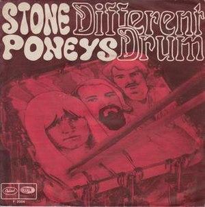 Different Drum - Image: Different Drum The Stone Poneys fea. Linda Ronstadt