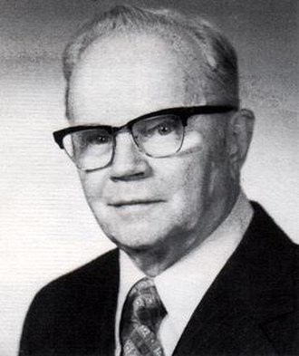 Sarnoff Corporation - Elmer Engstrom, director of RCA Laboratories and later President and CEO