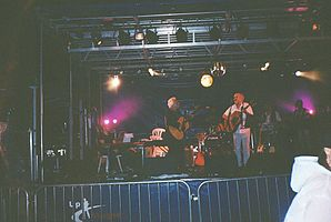 Gallagher & Lyle At The MOARE Festival In Faversham, 2011.jpg