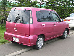 Nissan Cube first generation