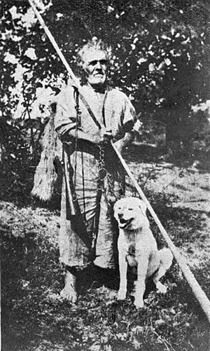 Bucium - 1921 photo of a shepherd with a trâmbiţă, in Giuleşti (Maramureş).