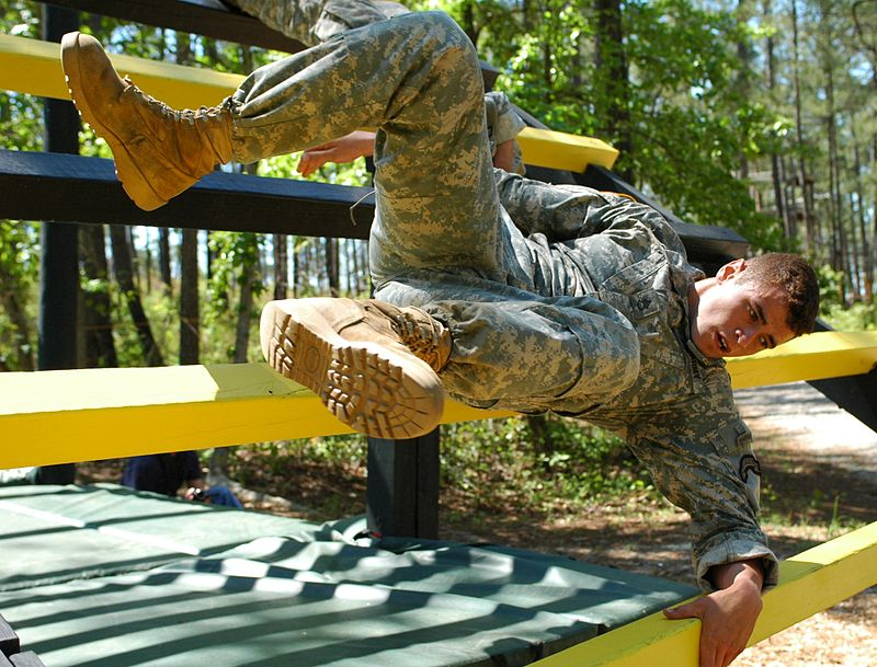 Soldier negotiates the Darby Queen Obstacle Course during the 2007 Best Ranger Competition.jpg