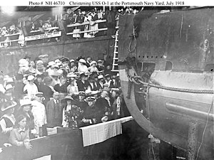 USS O-1 (SS-62) - The christening of O-1, 9 July 1918