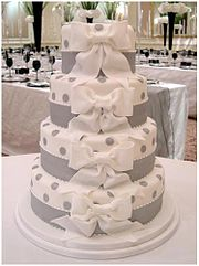 A contemporary White wedding cake