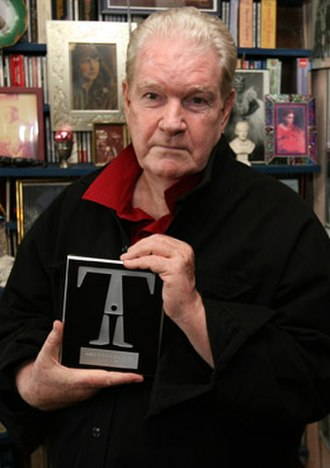 Doric Wilson - Doric Wilson with the 2007 IT Award for Artistic Achievement