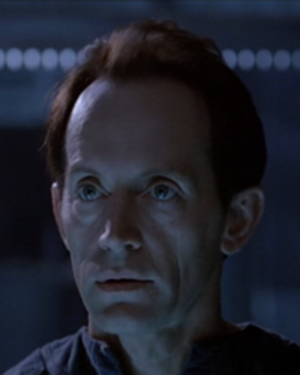 Bishop (Aliens) - Lance Henriksen as Bishop in Aliens.