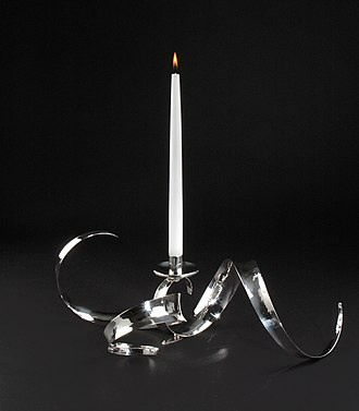 Kevin O'Dwyer (silversmith) - Image: Candlestick centrepiece, sterling silver, lo res