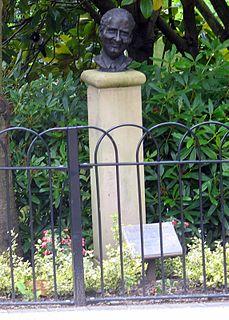 Percy Thrower British gardener, horticulturist, broadcaster and writer
