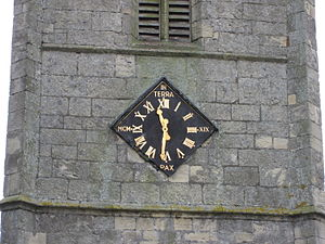 Whitgift, East Riding of Yorkshire - Whitgift Church clock has a 13
