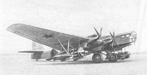 Zveno project - Zveno-SPB: TB-3-4M-34FRN with two Polikarpov I-16s armed with FAB-250 bombs