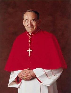 Avery Dulles - Image: Cardinal dulles