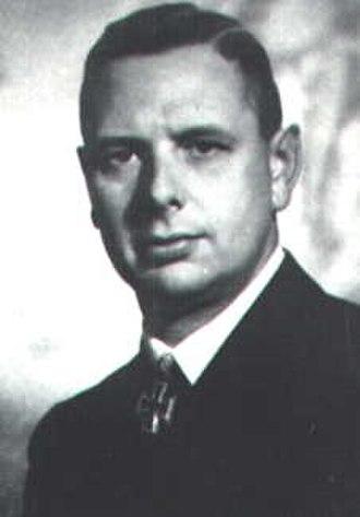 Viktor Schütze - Image: Viktor Schütze portrait, WWII