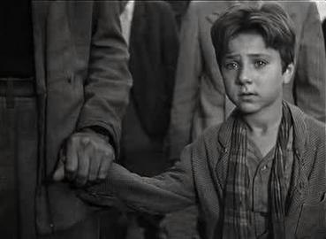 A Screen Shot of the movie Bicycle Thieves