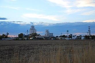 Bennett, Colorado - Image: Bennettcoskyline