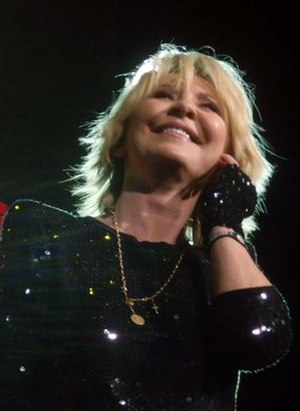 Lulu (singer) - Lulu on stage in Glasgow as part of Here Come the Girls 2010