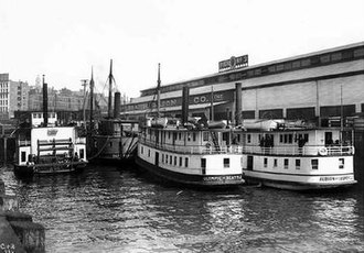 Albion (steamboat) - Image: Albion, Olympic, Rapid Transit at Galbraith Dock 1904