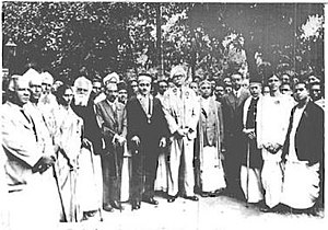 Justice Party (India) - Image taken in 1930s : (starting fifth from left after the woman) Periyar E. V. Ramasamy, C. Natesa Mudaliar, Raja of Bobbili and S. Kumaraswami Reddiar