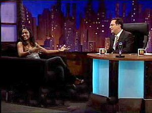 Kevin Masters Show starring Tom Rhodes - Tom Rhodes interviewing Ilonka Elmont with Dutch subtitles on the Kevin Masters Show.