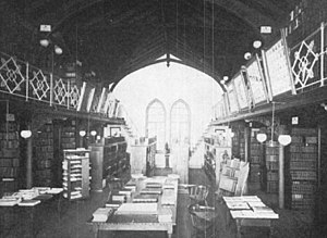 Queens Campus, Rutgers University - The college's first library (c. 1890s) on the second floor the rear section of Kirkpatrick Chapel. This area was converted into part of the chapel's chancel in a 1916 renovation.