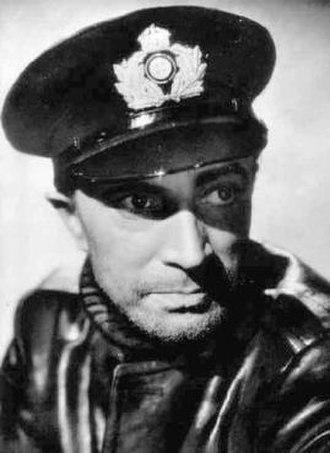 Conrad Veidt - Conrad Veidt in The Spy in Black (1939)