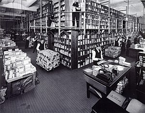 Street & Smith - Image: Street & Smith book department in 1906