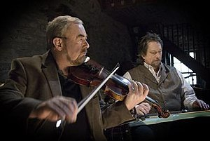 Transatlantic Sessions - Transatlantic Sessions musical co-directors Aly Bain and Jerry Douglas