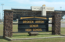 Broken Arrow Senior High School (sign).png
