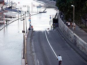 2002 European floods - Flooding in Budapest.