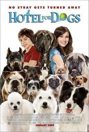 Hotel for Dogs (film) - Theatrical release poster