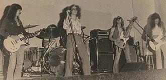Moxy (band) - Moxy in 1976
