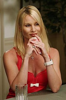 Edie Britt Fictional character on Desperate Housewives