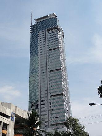 One San Miguel Avenue - Image: Pic geo photos ph=mm=pasig=ortigas center=san miguel ave. one san miguel ave. philippines 2015 0526 ls