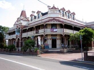 Bulli, New South Wales - Image: Bulli Family Hotel