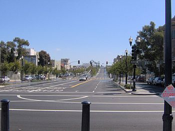 Looking south along Octavia Boulevard from Fell Street, where the Central Freeway once was.