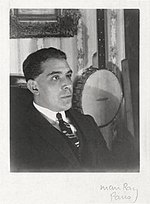 Juan Gris, 1922, photograph by [[Man Ray]] (Paris)
