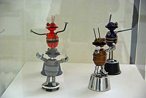 Smash Martians - Image: Smash Martian Robots