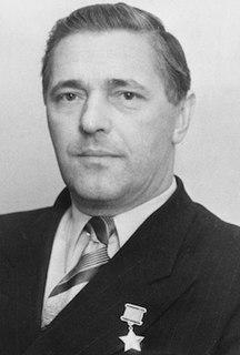 Yevgeny Tolstikov Soviet polar explorer