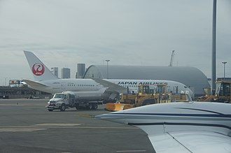 Boeing 787 Dreamliner battery problems - The grounded Japan Airlines 787 at Boston Logan Airport