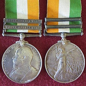 King's South Africa Medal - Image: King's South Africa Medal