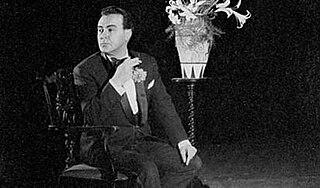 Micheál Mac Liammóir 20th-century Irish actor, playwright, writer, and artist