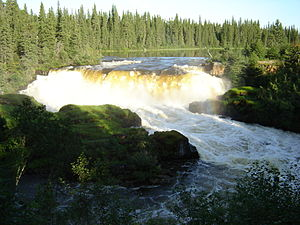 Pisew Falls Provincial Park - Summer from front of Pisew Falls