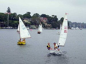 Sabot (dinghy) - Sabots returning to the clubhouse after a race