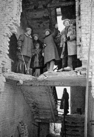 284th Rifle Division (Soviet Union) - Lt. Gen. V.I. Chuikov and Col. N.F. Batyuk observe the battlefield, December, 1942