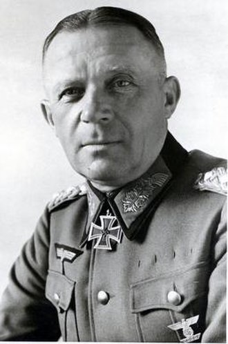 Karl Strecker - Karl Strecker, as a Gerneal der Infanterie, wearing the Knight's Cross
