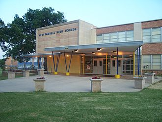 Dallas Independent School District - Image: Samuell HS 2007